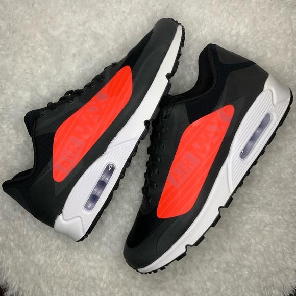 "Nike Air Max 90 NS GPX ""Big Logo</p>                     </div>                     <!--bof Product URL -->                                         <!--eof Product URL -->                     <!--bof Quantity Discounts table -->                                         <!--eof Quantity Discounts table -->                 </div>                             </div>         </div>     </div>              </form>  <div style="